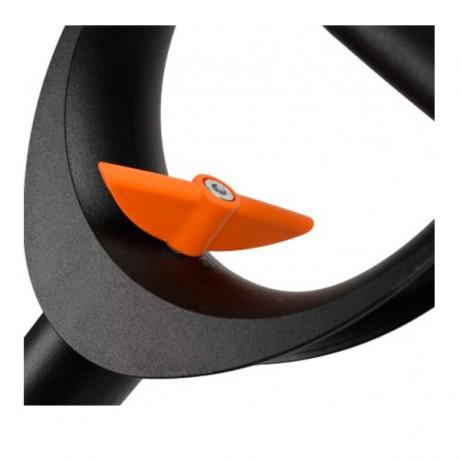 Телескопическая штыковая лопата Fiskars SmartFit